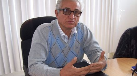 """Economista Jorge Lira: """"No se va a poder descentralizar el país mientras no se regionalice"""""""