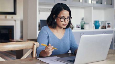 Claro y sencillo: Tips financieros para las personas que empiezan a vivir solas