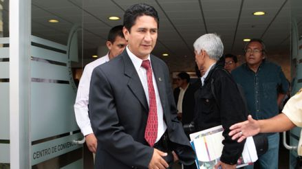 Corte de Ayacucho declara improcedente demanda de habeas corpus interpuesta por Vladimir Cerrón