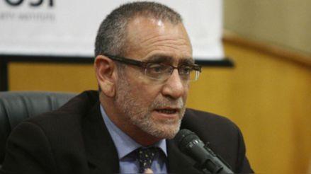 """Álvarez Rodrich: """"Hay, como en toda elección irregularidades, pero la palabra fraude es algo mayor """""""