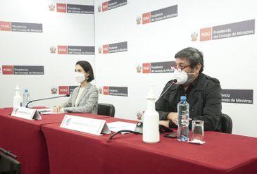 Ministros de Estado explican las medidas adoptadas por el Gobierno frente a la pandemia por la COViD-19