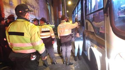 Barrios Altos: serenos y policías intervinieron a 25 personas en una fiesta clandestina