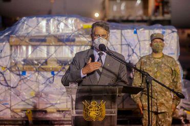El presidente Francisco Sagasti y ministros de Estado recibieron vacunas donadas por EE. UU.