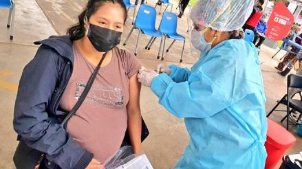 Vacunación contra la COVID-19: ¿Por qué es importante inmunizar a las embarazadas?