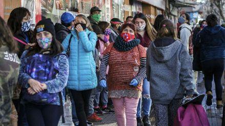 La pobreza en Chile subió hasta el 10,8 % en 2020 por la pandemia de la COVID-19