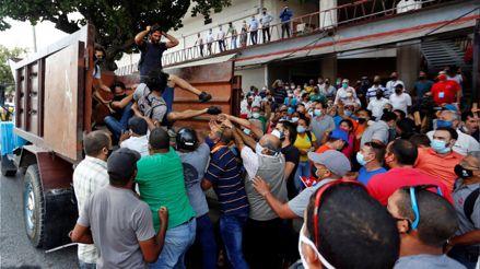 Owan Lay sobre protestas en Cuba: