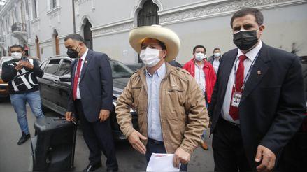 Perú Libre pide al JNE que resuelva