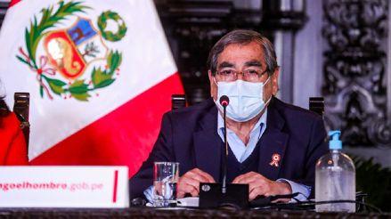 Óscar Ugarte denunció que simpatizantes fujimoristas apedrearon vehículo oficial en que se trasladaba