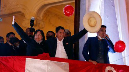 El JNE entregará credenciales a Pedro Castillo y Dina Boluarte este viernes