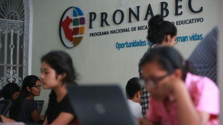 Pronabec ofrece 10 000 becas para estudiantes afectados por pandemia de la COVID-19