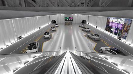 """Los conductores de los túneles de Elon Musk deben decir que es """"un gran líder"""""""