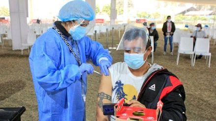Minsa: vacunación de adultos mayores de 38 años iniciará el viernes 6 de agosto