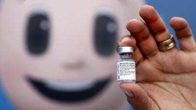 EE.UU. permitirá entrada de viajeros internacionales vacunados desde noviembre