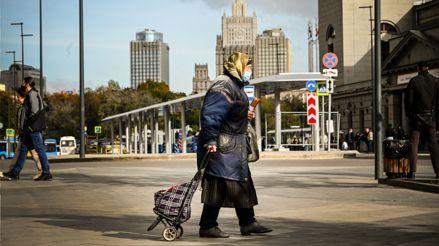 Rusia registra récord de muertes por coronavirus por tercer día consecutivo