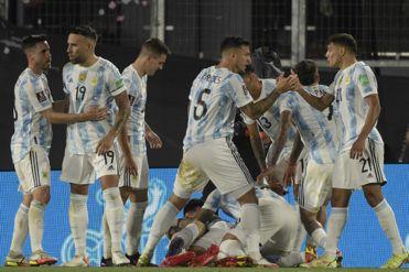 Con Messi encendido, Argentina goleó a Uruguay 3-0 en Eliminatorias Qatar 2022