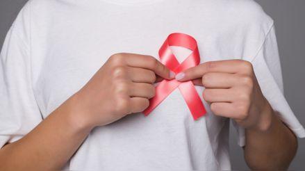 Iniciativa brinda despistajes gratuitos de cáncer de mama y cuello uterino