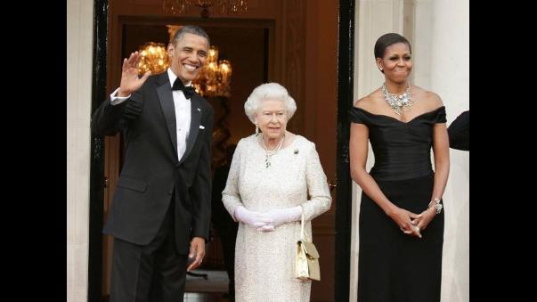 Resultado de imagen para barack obama y la reina isabel