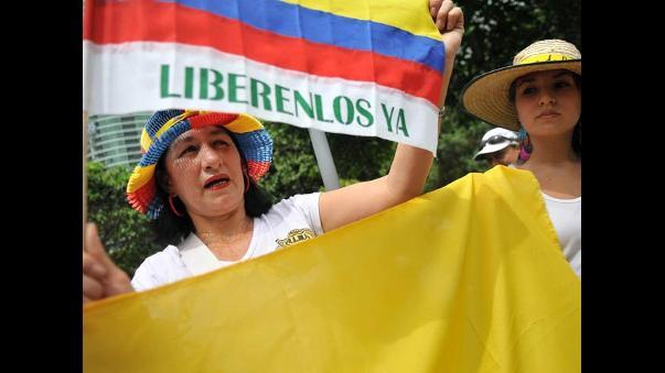 Resultado de imagen para Fotos de marcha por la liberación de los secuestrados por las FARC