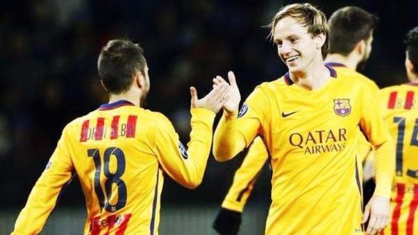Ivan Rakitić anotó su primer doblete con la camiseta del Barcelona.