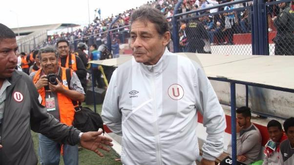 Universitario buscará en diciembre que Roberto Chale renueve por toda la temporada 2016.