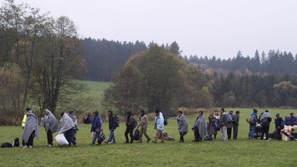 Refugiados en frontera con Austria