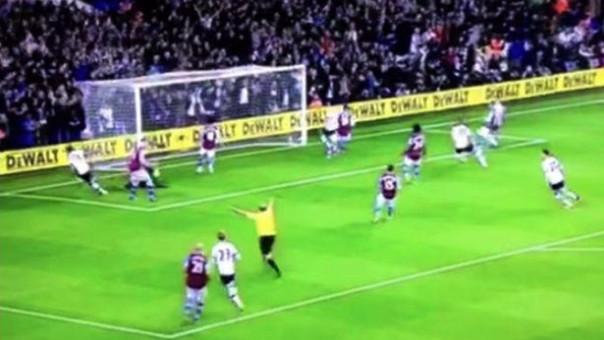¿Árbitro celebró un gol del Tottenham?