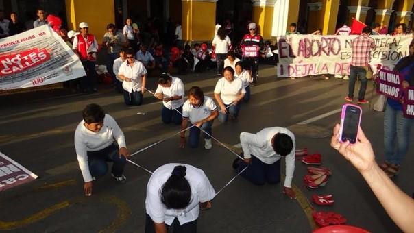 Marcha contra la violencia a la mujer