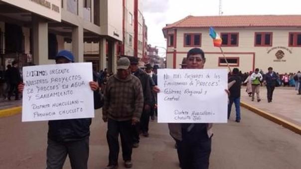 Pobladores realizaron movilización en Puno.