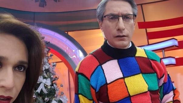 Federico Salazar lució una colorida chompa en agradecimiento a su suegra.