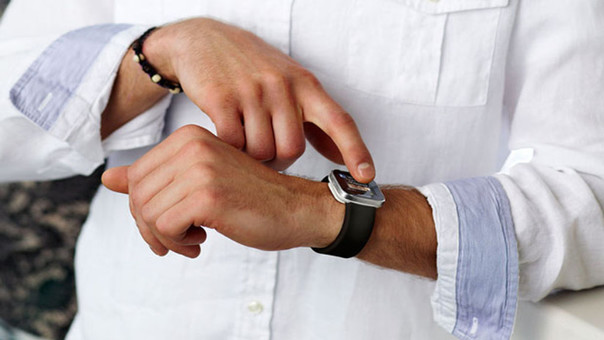 Prohíben en Japón llevar 'smartwatches' a exámenes