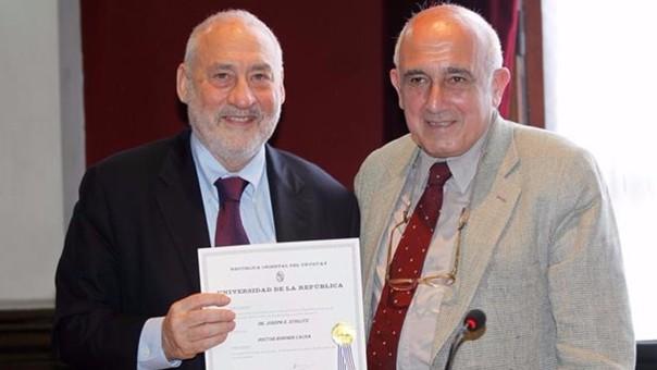 Premio Nobel de Economía 2001