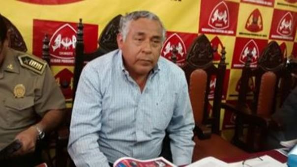 Alcalde de la Provincia del Santa Julio Cortez Rojas