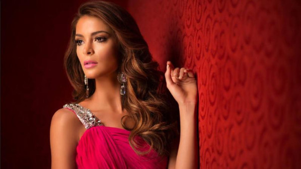 Miss Perú Laura Spoya