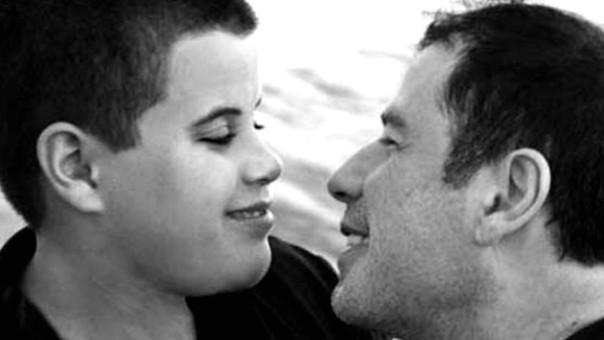 John Travolya y su hijo Jett