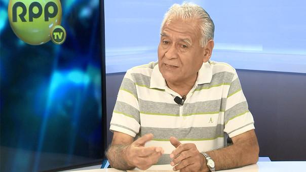 Aurelio Ochoa cuestiona los altos márgenes de ganancia de los grifos.