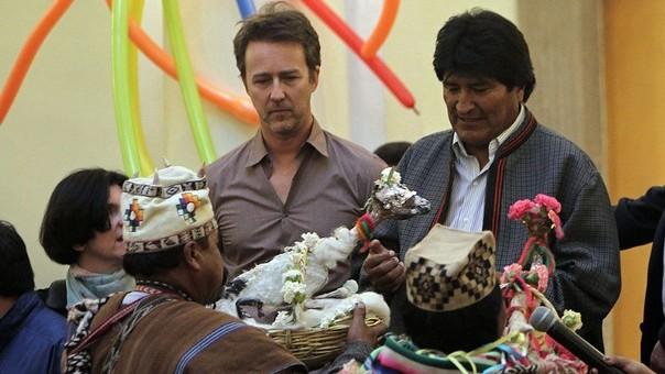 Edward Norton y Evo Morales