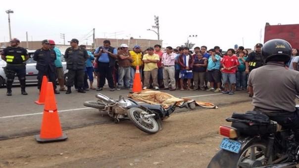 Motociclista perdió el control de su unidad menor.