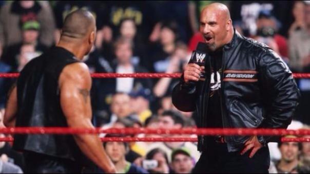 Así fue el explosivo encuentro entre Goldberg y The Rock