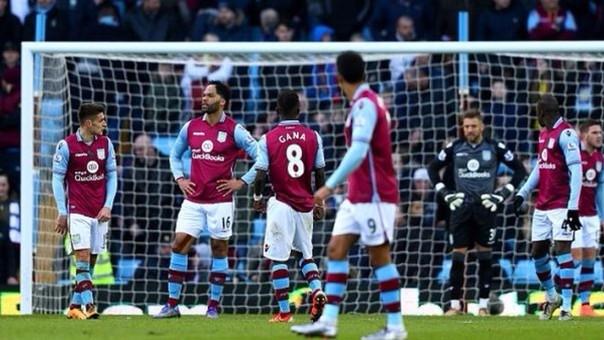 Aston Villa fue golado por Liverpool y parece condenado al descenso