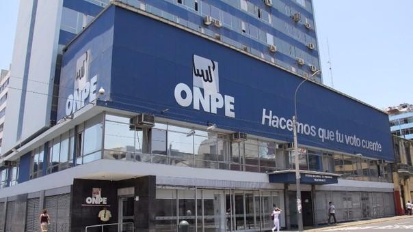ONPE entrega informe de aportantes a la campaña electoral