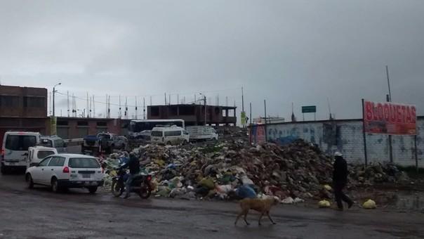 Situación sanitaria de Juliaca en emergencia por proliferación de basura.