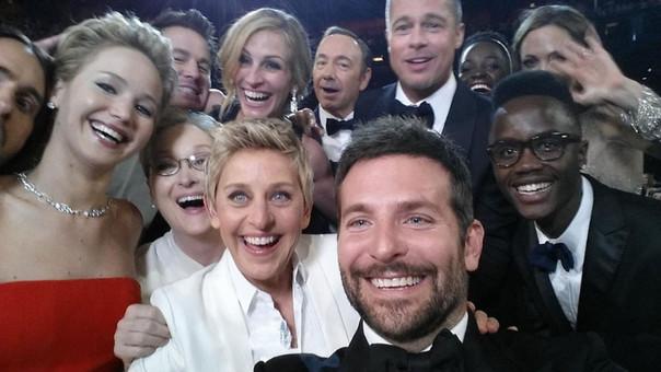 Ellen DeGeneres y el selfie más famoso de la historia.