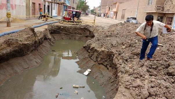 Forado por colapso de desagües