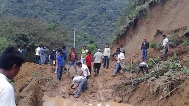 Limbani no cuenta con carretera solo con camino de herradura.