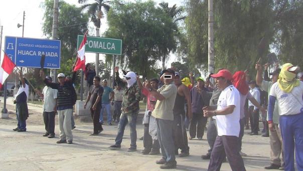 Facción de trabajadores lleva 20 días en huelga