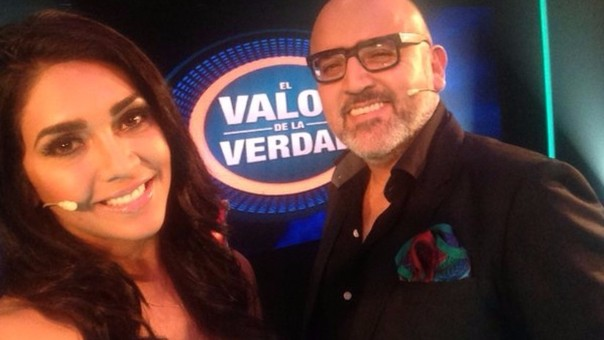 Vania Bludau y Beto Ortiz