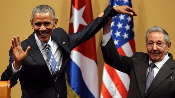 Barack Obama sostuvo reunión con Raúl Castro