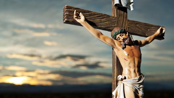 Crucifixión de Cristo en Viernes Santo