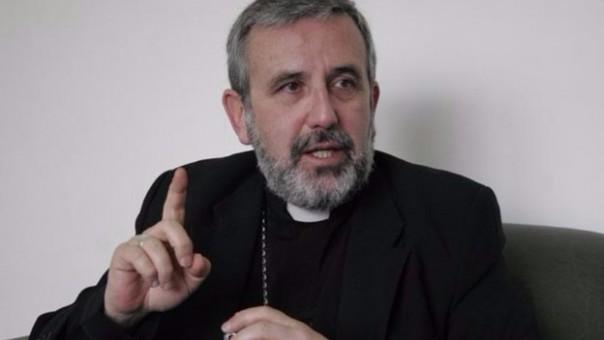 Video del arzobispo dando un sermón con tintes políticos fue subido a Facebook.