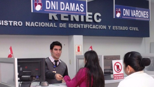 Reniec amplía horario de trabajo para entregar DNI a pobladores